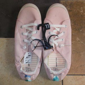 Time And Tru Memory Foam Canvas Sneakers NWT